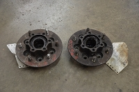 Salvage Isuzu wheel bearing hubs: 87-91 Trooper