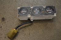 Salvage Isuzu 2.6L 4cyl. gauge cluster - 7 pin, (no trim) : 88-91 Trooper