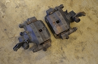 Salvage Isuzu Trooper rear calipers complete - '88-91