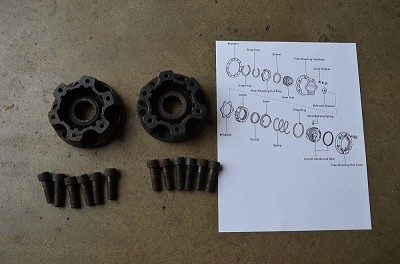 Salvage: Isuzu Aisin Hub - Bodies - Pair with bolts